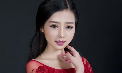 Khánh Hiền diện đầm da hội đẹp sang trọng