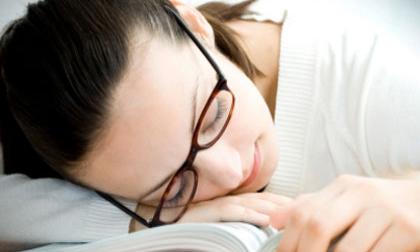 Ngủ gật ban ngày là dấu hiệu của những bệnh gì?