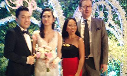Độc quyền: Cận cảnh tiệc cưới sang trọng của Lam Trường ở tòa nhà 40 tầng
