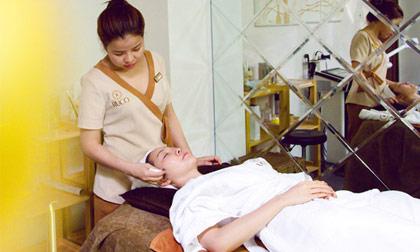 Linh Nga chăm sóc da với bí quyết độc quyền từ Ruco Spa