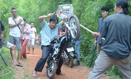 Quang Tèo, Chiến Thắng tái xuất phim hài Tết 'Tôi đi tìm tôi'