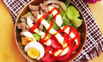 Salad trộn thịt bò xào ngon thế này ai cũng thèm