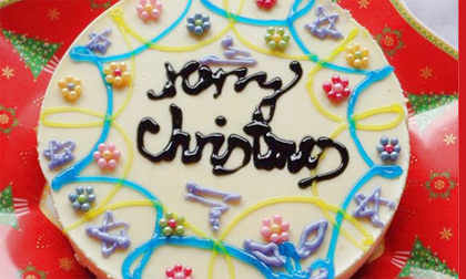 Làm bánh chocolate thật ngon đợi Giáng sinh