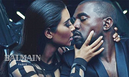 Vợ chồng Kim 'siêu vòng ba' tình tứ trên tạp chí