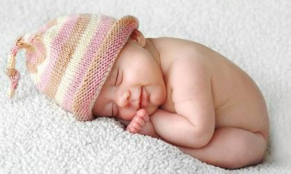 Chuẩn thời gian ngủ của trẻ sơ sinh theo tháng tuổi