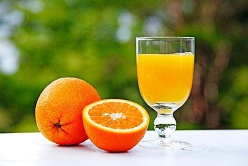 Nước cam,Công dụng của quả cam,Cam làm thuốc,Cung cấp vitamin C
