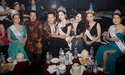 Bầu Minh Chánh và dàn tân Hoa hậu Phụ nữ người Việt thế giới 2015 mừng tiệc VIP