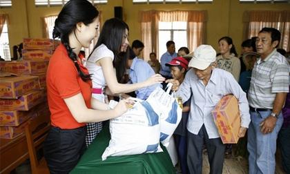 Nghệ sỹ hải ngoại chung tay cùng Minh Chánh tổ chức từ thiện xuyên Việt