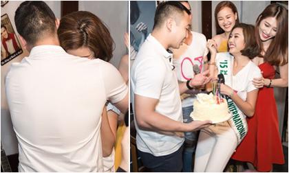 Thúy Vân xúc động khi được bạn trai đại gia bất ngờ chúc sinh nhật