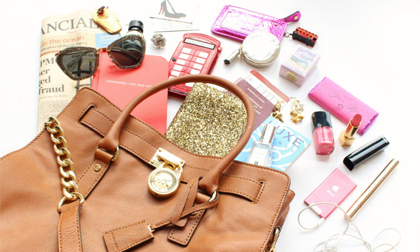 Top 7 phụ kiện không thể thiếu trong túi xách của phái đẹp