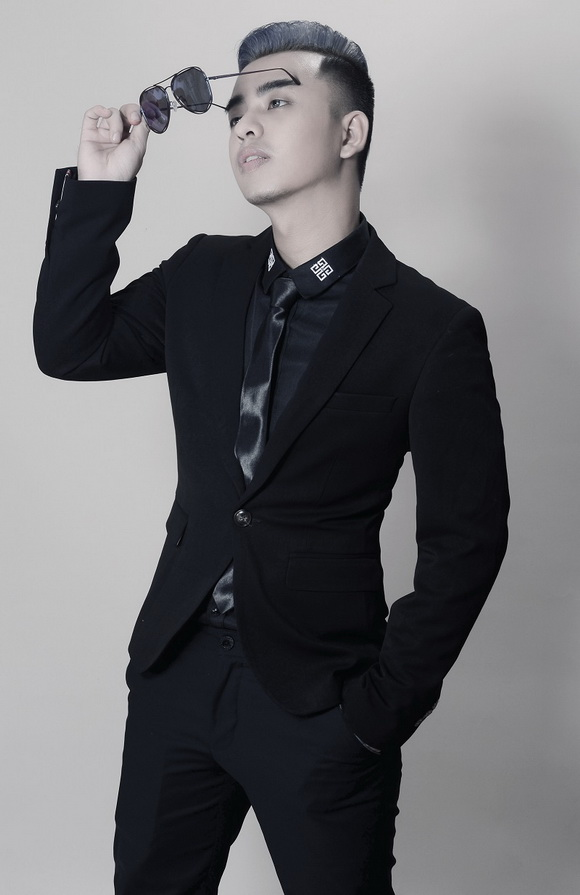 EricĐặng Nguyễn, make up EricĐặng Nguyễn