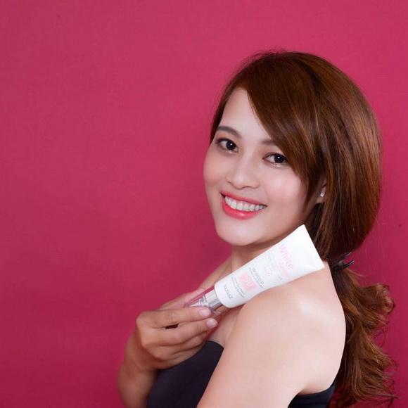 my-pham-skinaz-138-1-ngoisao.vn-w580-h580 5