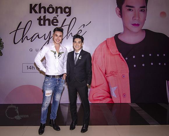 Nam vương Hùng Justyle gây chú ý khi tham dự họp báo ra mắt MV ca sĩ Quang Hà