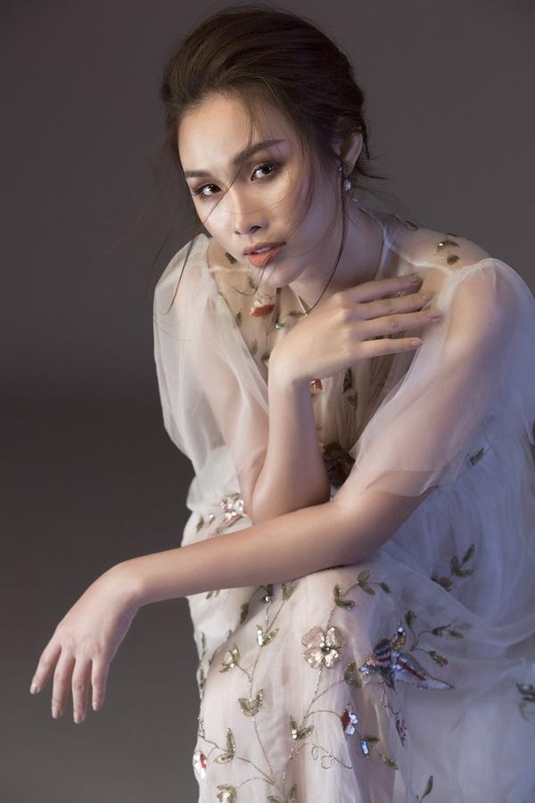 Á hậu thanh trang,hoa hậu các quốc gia 2017,sao việt