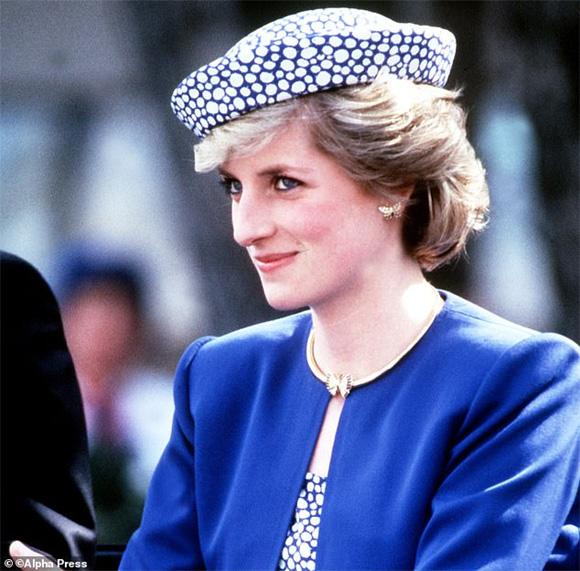 Công nương Kate Middleton, Meghan Markle, hoàng gia Anh