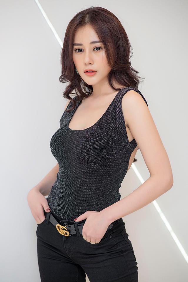 Phương Oanh,Quỳnh búp bê,sao Việt,sao thẩm mỹ