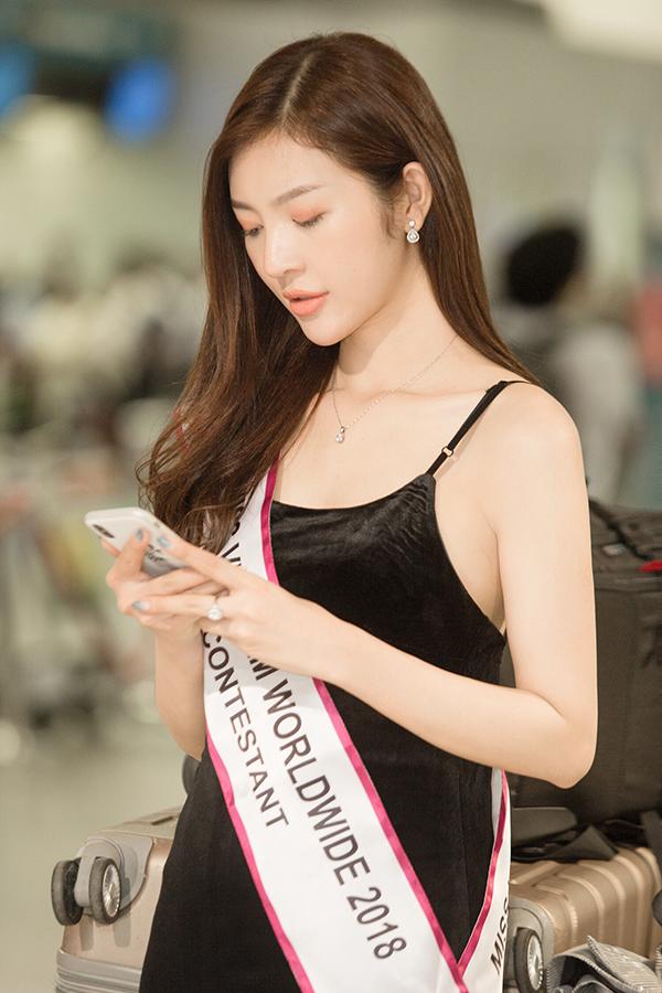 Bùi Lý Thiên Hương, Hoa hậu Việt Nam toàn thế giới 2018, sao việt