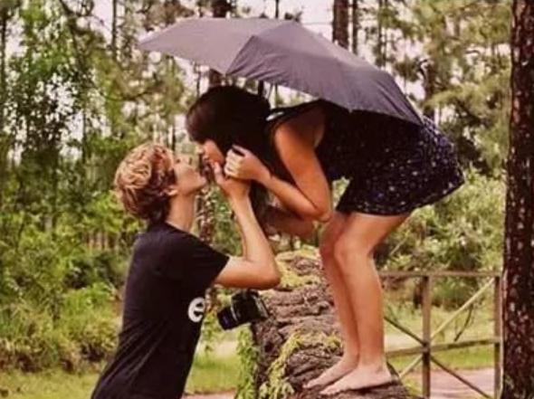 điều phụ nữ cần chú ý khi hẹn hò, tình yêu, những thứ đàn ông sẽ chú ý trong lần gặp đầu tiên