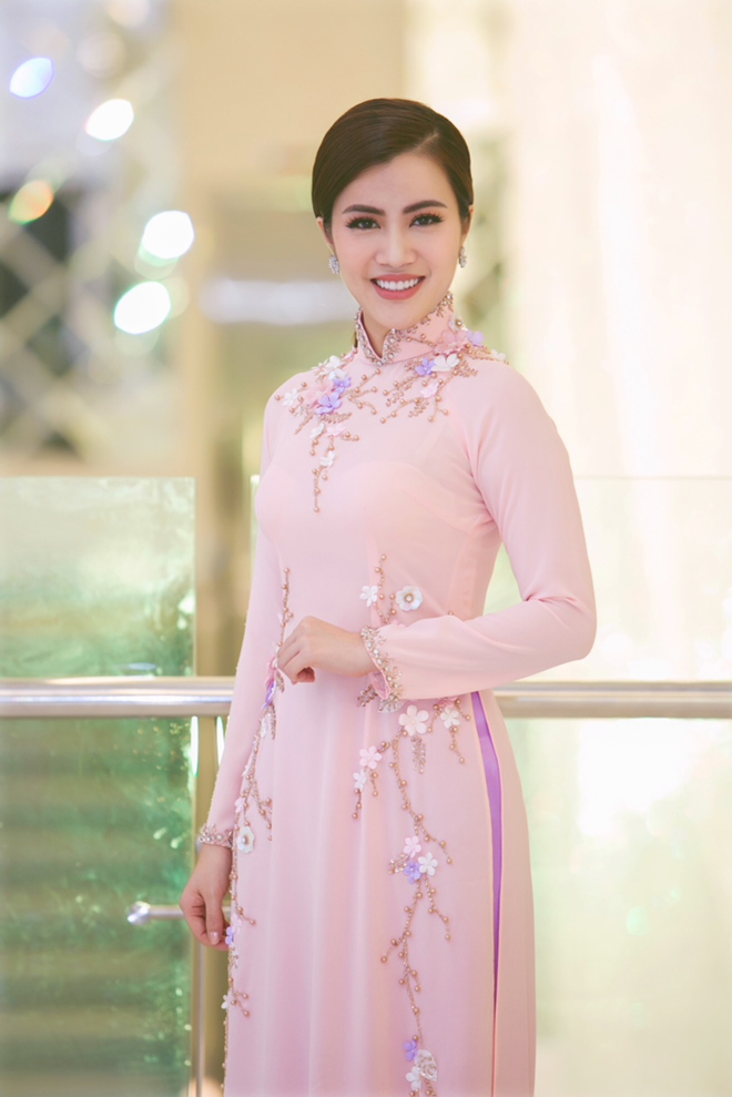 Á hậu Ngô Thu Phương,Hoa hậu Doanh nhân Hoàn vũ 2018,CLB Open Arms