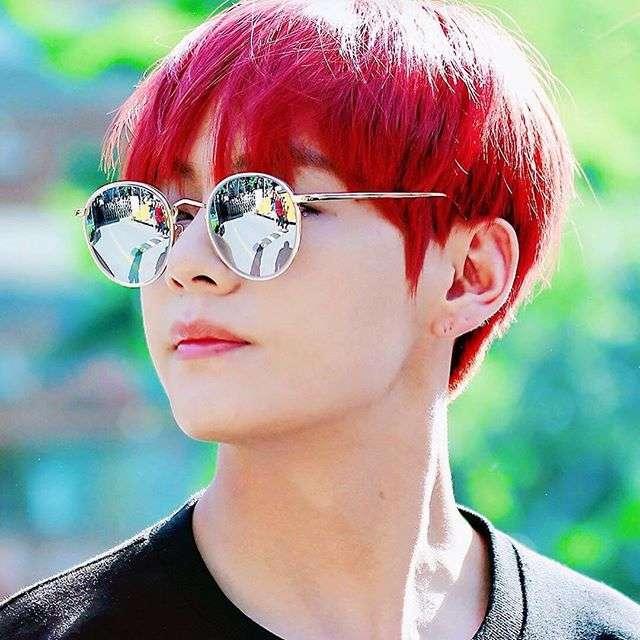 V (BTS) của Hàn Quốc, nam thần đẹp nhất thế giới