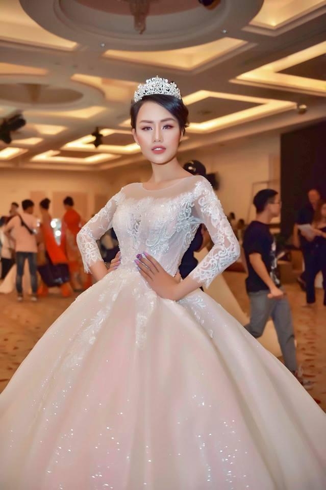 Nữ hoàng sắc đẹp, Ngọc Duyên, Vũ Hoàng Điệp, Hoàng Thu Thảo, Lâm Thùy Anh