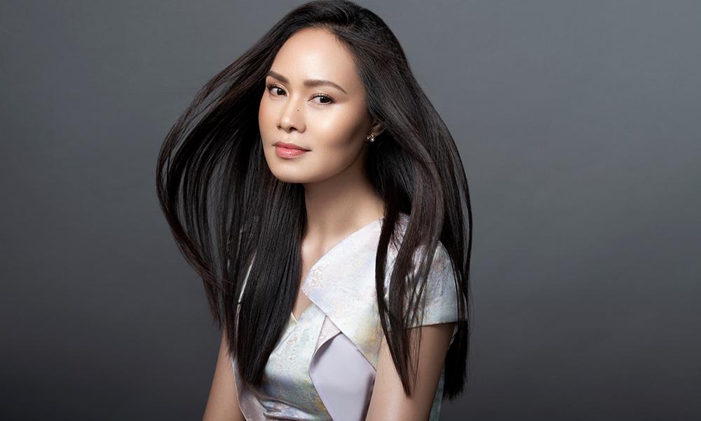 'Nữ hoàng nhạc phim' Mai Hoa kể về thời hoàng kim: 'Vàng để may quần áo,  mỗi ngày một bộ... một bộ là khoảng 2 chỉ vàng'
