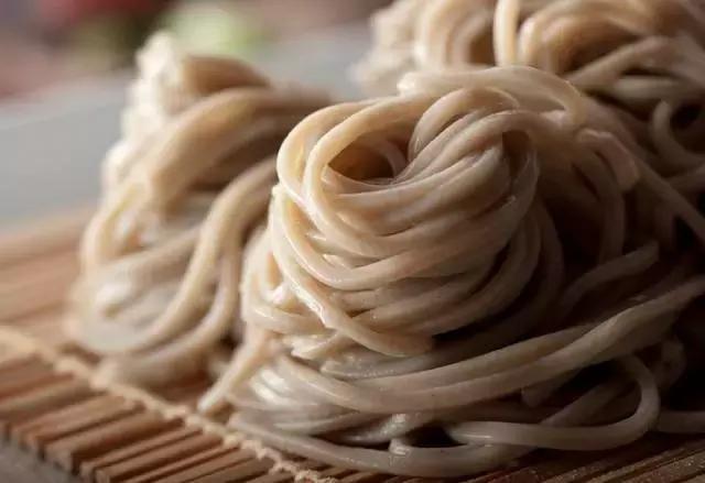 Vì sao người Nhật sống thọ nhất thế giới: Hãy ăn 9 thực phẩm tốt như 'thuốc trường sinh'