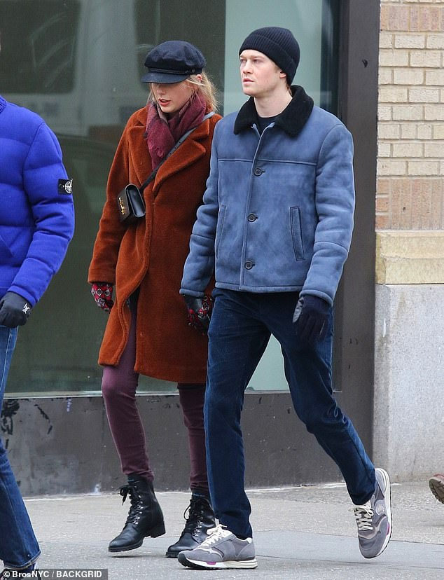 taylor swift, joe alwyn, sao hollywood