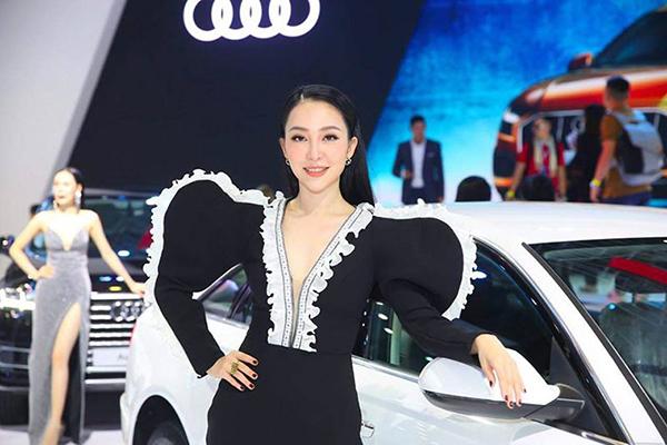 Ngất ngây với vẻ đẹp khó cưỡng của chị gái Đặng Văn Lâm