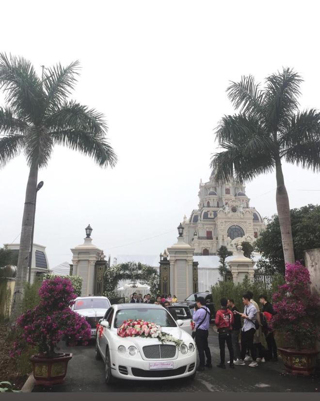 đám cưới ở nam định, Phan Đinh Tùng, ca sĩ Phan Đinh Tùng