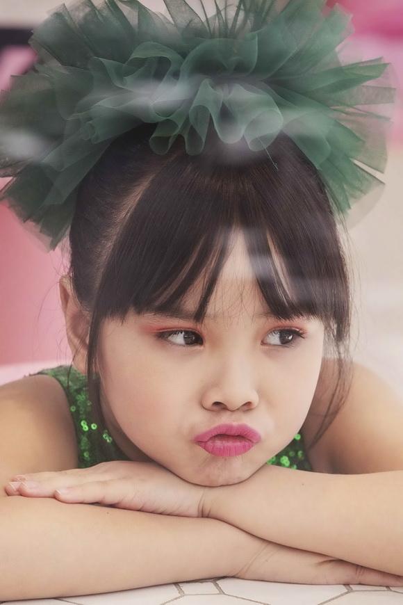 Mẫu nhí Hải Yên, Mẫu nhí Việt
