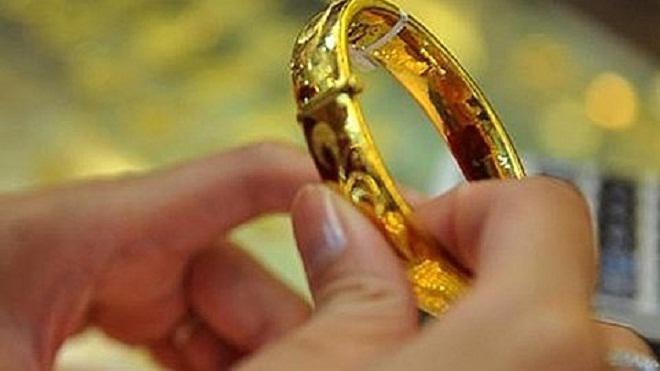 ngày vía Thần Tài, mua vàng ngày vía Thần Tài, 10 tháng giêng âm lịch,ngày thần tài, mua vàng ngày thần tài