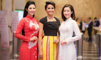 Ngọc Hân, Đỗ Mỹ Linh chúc mừng H'Hen Niê được vinh danh gương mặt trẻ Việt Nam tiêu biểu của năm 2018
