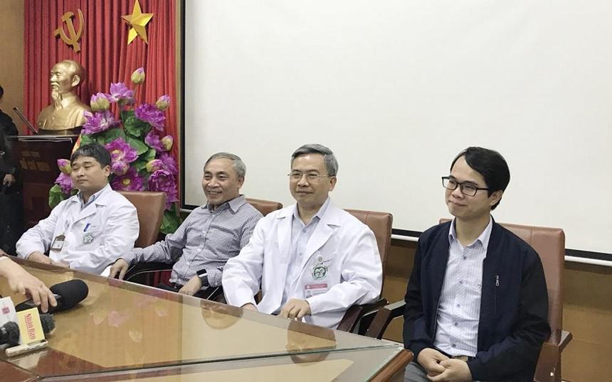 'Khuyên người dân lên chùa Ba Vàng chữa bệnh': Bác sĩ BV Bạch Mai gửi lời xin lỗi người dân