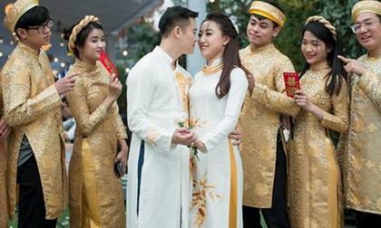 Đám cưới khủng ở Hưng Yên: Bố giàu 'nứt đố đổ vách' bảo sao dựng rạp thôi cũng ngốn 2 tỷ lại mời cả ca sĩ Đan Trường