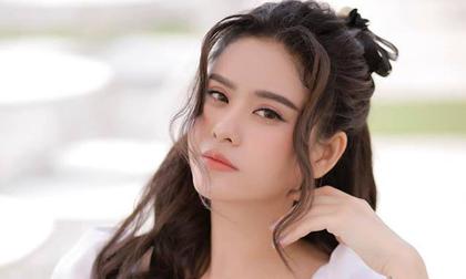 Vừa vui vẻ du lịch bên chồng cũ, Trương Quỳnh Anh lập tức tuyên bố vẫn độc thân vui tính