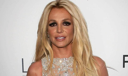 Britney Spears giã từ sự nghiệp âm nhạc sau khi nhập viện điều trị tâm thần, có thể sẽ chết nếu không được giúp đỡ sớm