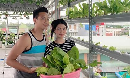 Vườn rau sạch mướt mắt trên sân thượng của vợ chồng Thanh Duy - Kha Ly