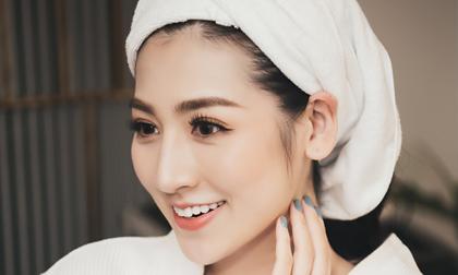 Chỉ với trang phục ở nhà, Á hậu Tú Anh 'đốn tim' với thần sắc rạng rỡ, nụ cười tươi sáng