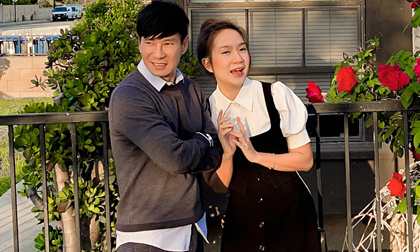 Chồng ngoài 50, vợ sinh liền 4 nhóc, Lý Hải - Minh Hà vẫn diện đồ đồng điệu khi dạo chơi ở Mỹ