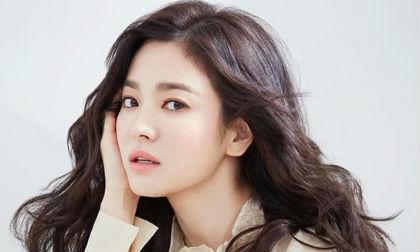 Biết Song Hye Kyo giỏi lấy lòng con nít thế này, fan lại hối thúc chuyện bầu bí