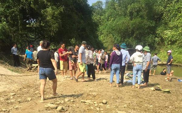 Lào Cai: Rủ nhau tắm suối, 4 học sinh lớp 6 chết đuối thương tâm