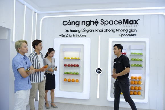 Duy Khánh, Samsung Showcase, SpaceMax
