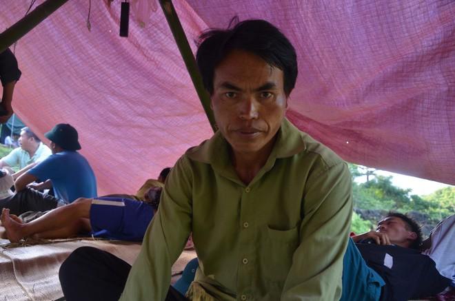 Người đàn ông 9 ngày mắc kẹt trong hang nước: Mỗi ngày có từ 130 đến 150 người giải cứu