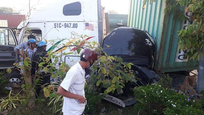 Vụ tai nạn thảm khốc ở Tây Ninh 5 người tử vong: 4 nạn nhân trong cùng gia đình - 1