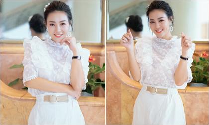 Diễn viên Thanh Hương diện váy trắng nền nã dự event ngày cuối tuần