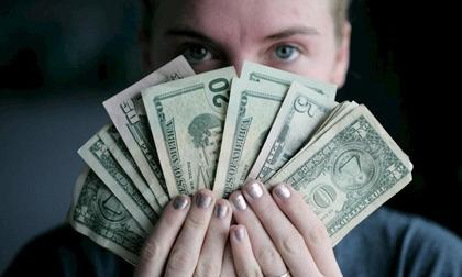 Đàn ông thành công đến mấy cũng có thể tiêu tan tiền tài lẫn sự nghiệp nếu ở bên những người phụ nữ này