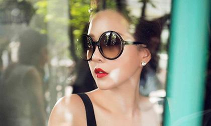 Hoa hậu Thu Hoài: 'Nhàm chán gặm nát tình yêu theo cách chậm rãi'