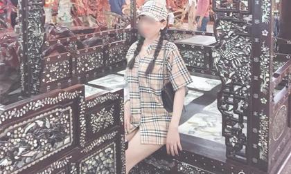 Diện mốt giấu quần vào chụp ảnh ở ngôi chùa nổi tiếng Đà Lạt, cô gái trẻ bị chỉ trích vì quá phản cảm