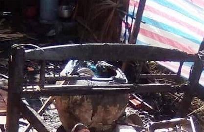 Người phụ nữ dùng xăng đốt chết chồng lúc nửa đêm